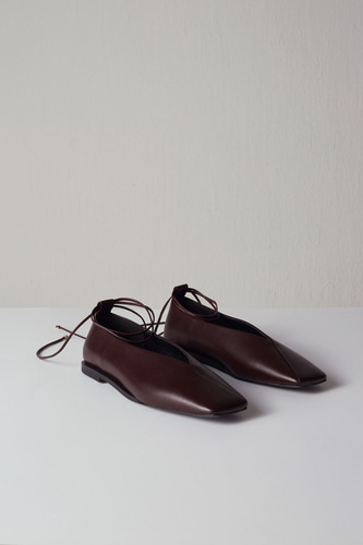 Emma Flat Leather Burgundy