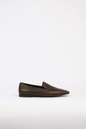 Devona Loafer Lamb Skin Chocolate Brownblanc sur blanc 블랑수블랑